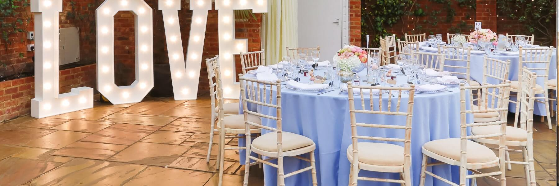 hire chiavari chairs for weddings